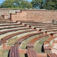 teatru de vara la Tunari